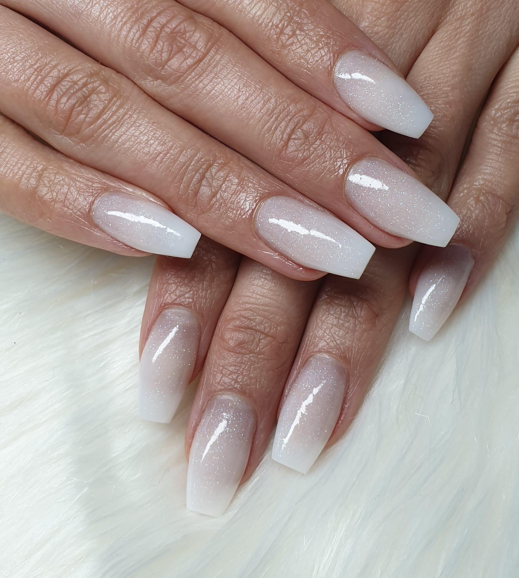 natural acryl nagels cleyo skin experts Winschoten